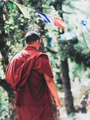 how-to-find-inner-peace-travel-in-nepal-mihoki-shares